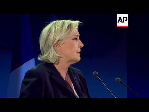 "Le Pen: I am the ""great alternative"" for France"