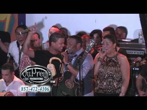 Antony Santos & Don Miguelo - 7 Locas {Live}