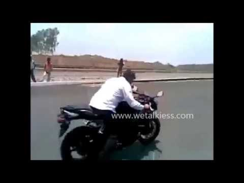 Thala Ajith First Mankatha Bike Stunt at 2011