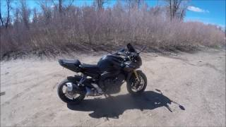 2007 yamaha fz1 Durzo does a review (pro's and con's)