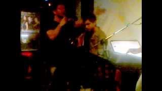 Ki emina edw-Stelares!!!(Maximos-Legakis)Live@Rages