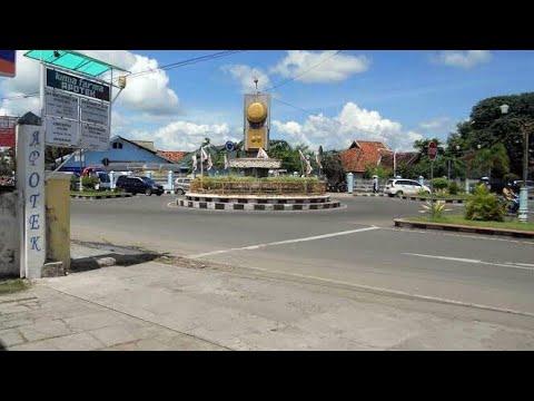 Suasana Kota Sumbawa Besar, NTB || PERUSDA || SMK Al-Ma'arif || PERTOKOAN