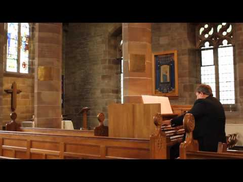 Professor Ian Tracey plays 'Elizabethan Serenade' by Ronald Binge on the Johannus Ecclesia D-47