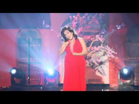07 Mua Xuan Trong Doi Mat Em Lam Thuy Van ASIA Xuan Hy Vong 013