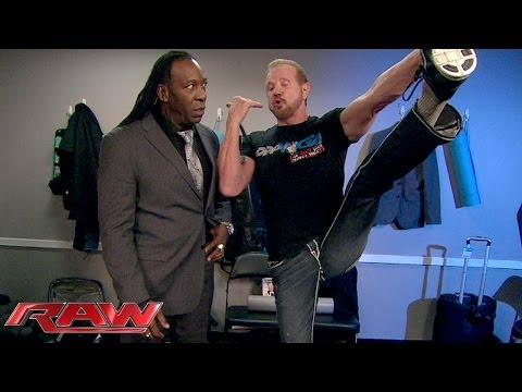 Booker T catches up with DDP while Ron Simmons looks on: Raw, Jan. 6, 2014