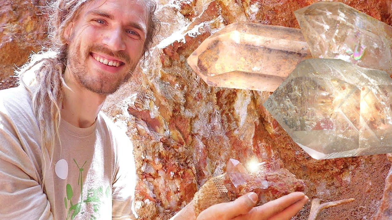 Arkansas Mining for Clear Crystals at the TWIN CREEK CRYSTAL MINE | CRYSTAL  DIGGING GUIDE Episode 04