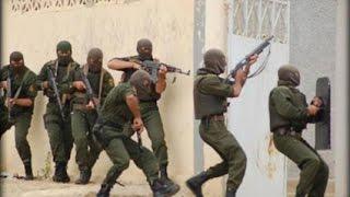الجيش الوطني يحاصر ارهابي  وسط مدينة باتنة Terrorist au Batna 31/08/2013 HD