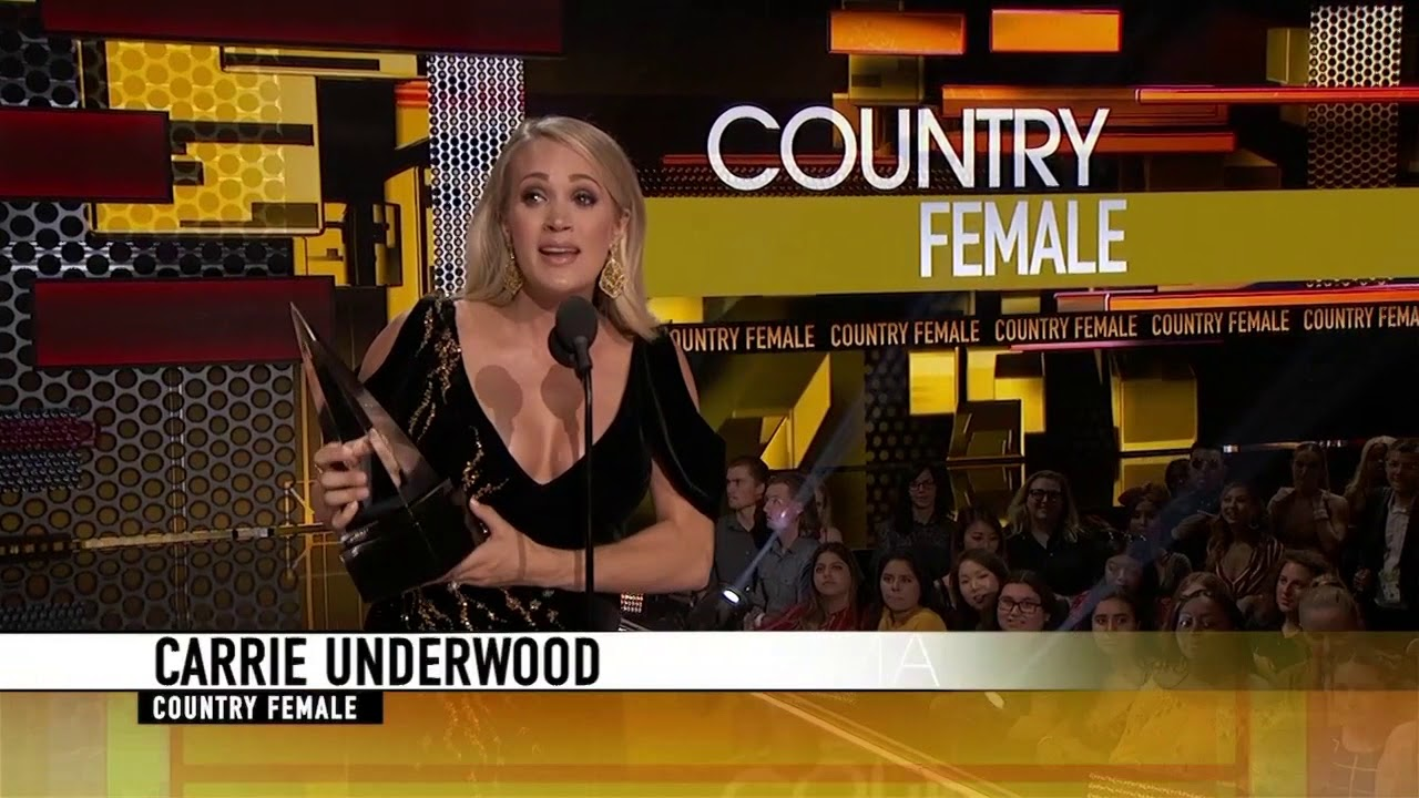 Carrie Underwood Wins Favorite Female Artist for Country - AMAs 2018