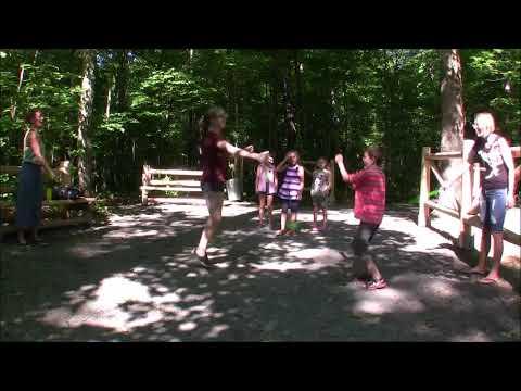 La chanson, la danse, le jeu et la santé avec Tradons !