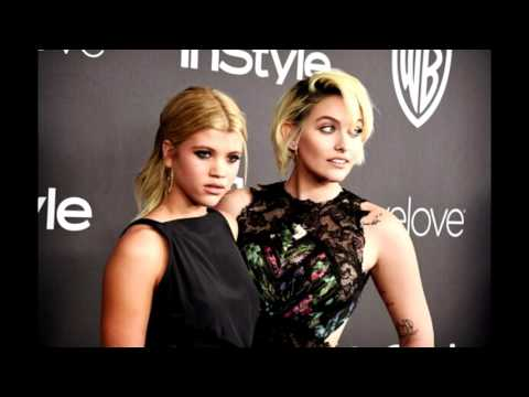 Paris Jackson at Golden Globes Awards 2017 w/ Sofia Richie & Jimmy Fallon
