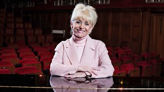 video: Dame Barbara Windsor dies aged 83: Tributes pour in for EastEnders and Carry On star