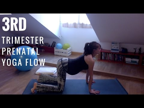 Relaxing Yoga For Late Pregnancy | 3rd Trimester Prenatal Flow