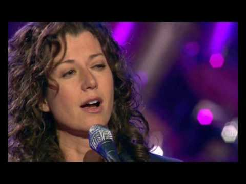 "Amy Grant  - ""Bartenders Blues"""