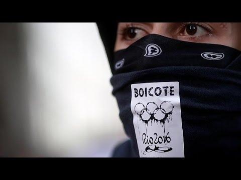 Protestas y huelgas salpican Río en vísperas de las Olimpiadas