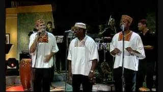 Caribbean Salsa Praise Distinto y Diferente