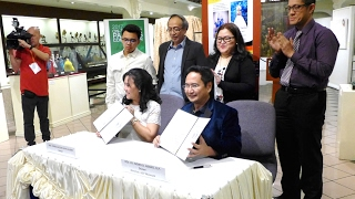 2017 Signing of Deed of Donation (UST)