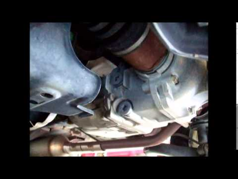Rear Differential Fluid Change >> Honda CRV 2004 Rear differential fluid change - YouTube