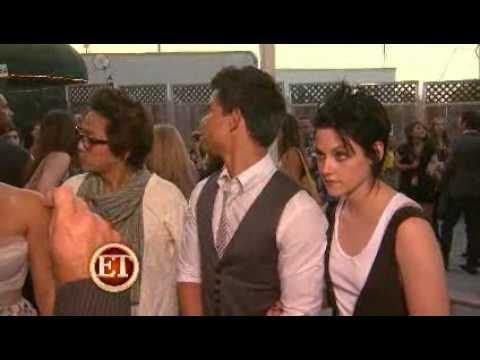 Kristen Stewart, Ashley Greene and Nikki Reed talk Robert Pattinson's hair