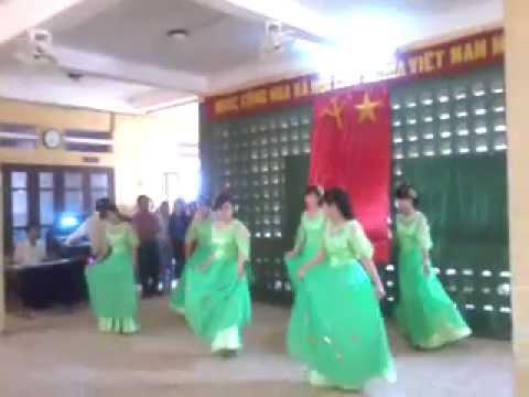 múa vũ điệu công - thpt nguyễn đình chiểu - huế