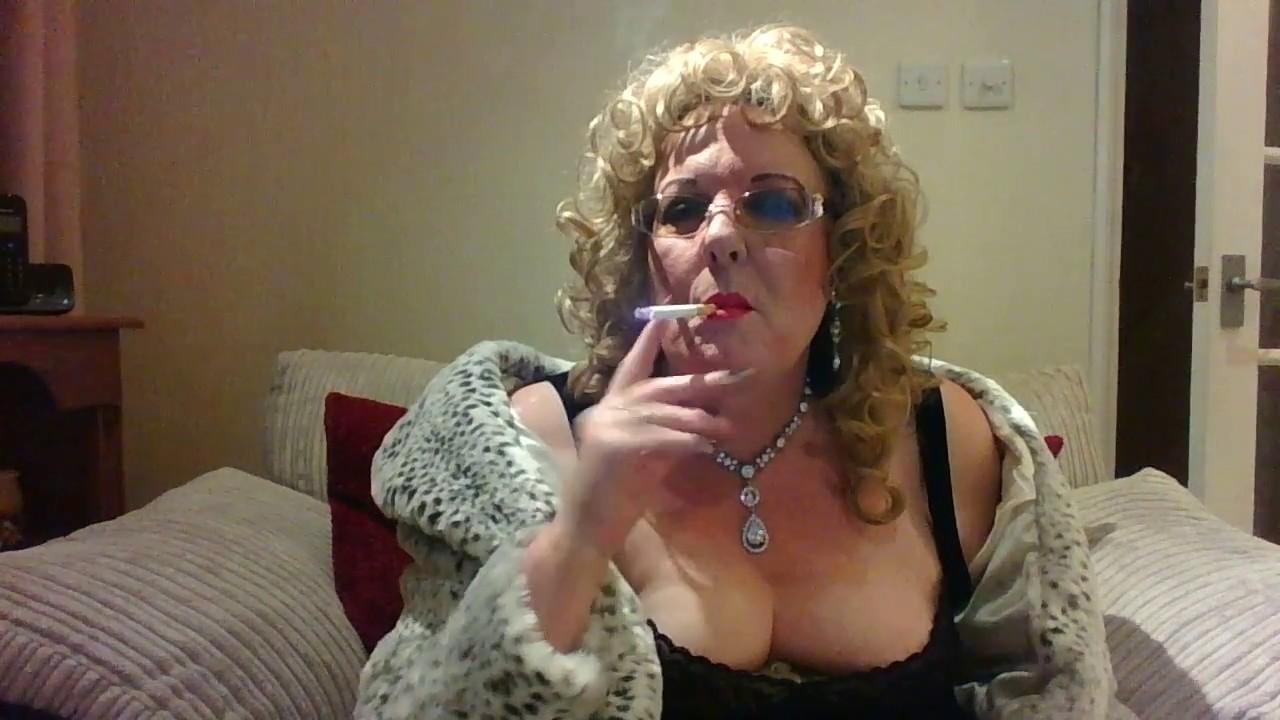 Smoking granny fetish
