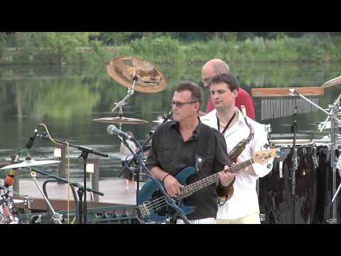 "Richard Walton Group ""Coho Winds"" Live at Columbia Lakefront"