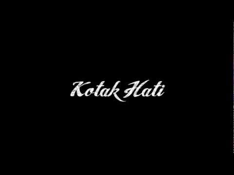 Hujan-Kotak Hati (typography)