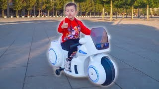 Tema Pretend Play and Ride on toys Sportbike Power Wheels