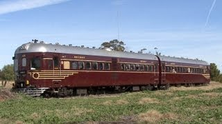 Standard Gauge Rail Motors to Oaklands: Australian Trains