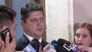 Fostul ministru de Externe, Titus Corlăţean, a fost audiat la Direcţia Naţionalã Anticorupţie, el fiind citat de procurori în calitate de martor, într-un dosar privind modul de desfãşurare a votului d