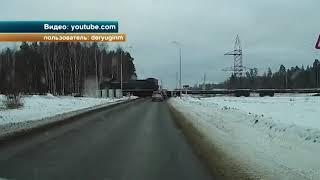 В Нижнем Новгороде поезд протаранил грузовой автомобиль