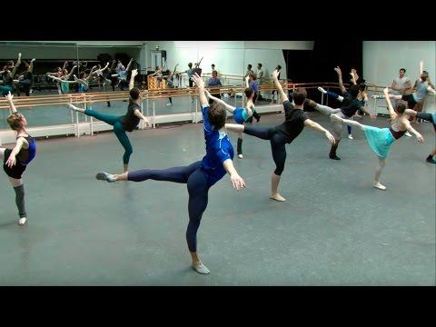 The Royal Ballet Class (centre) – World Ballet Day 2015