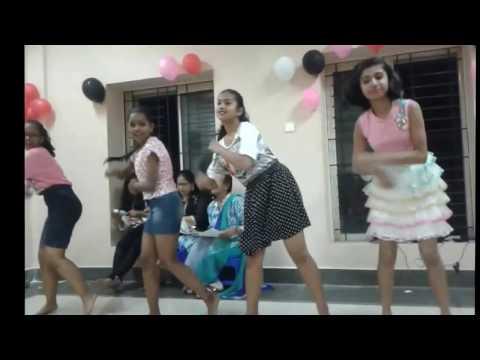 Break up song dance