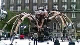 La Machine - Big Spider - Saturday 3pm show - part1a