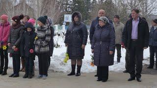 Жителей села под Челябинском оставили без муниципального транспорта