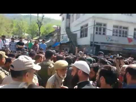 Students blocked National Highway at Banihal - Demanding action against CRPF troops.