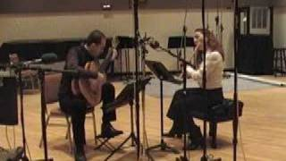 Cavatina Duo performs Ajde slusaj, slusaj kales bre Andjo by Clarice Assad