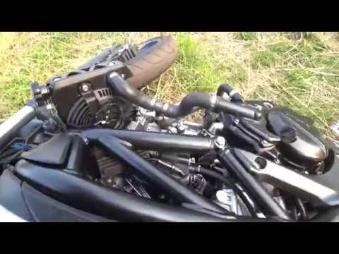 온로드 바이크로 오름 오르기 / Volcanic cone climbing by motorcycle
