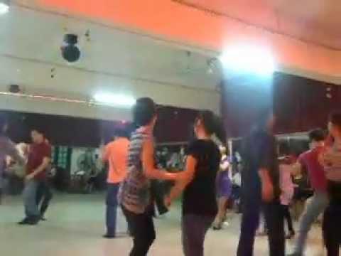 1/4/2012 - CLIP nhảy BACHATA TẬP THỂ tại IDC club 3-5-CN hàng tuần