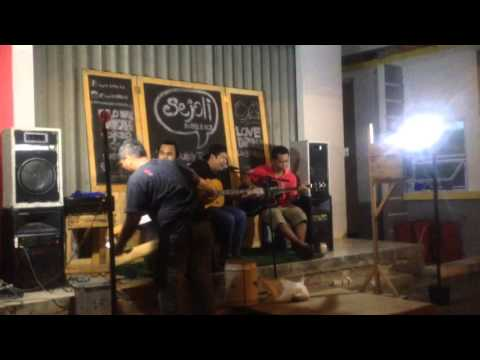 Hendy Brr Grr - Bento (Cover of  Iwan Fals)