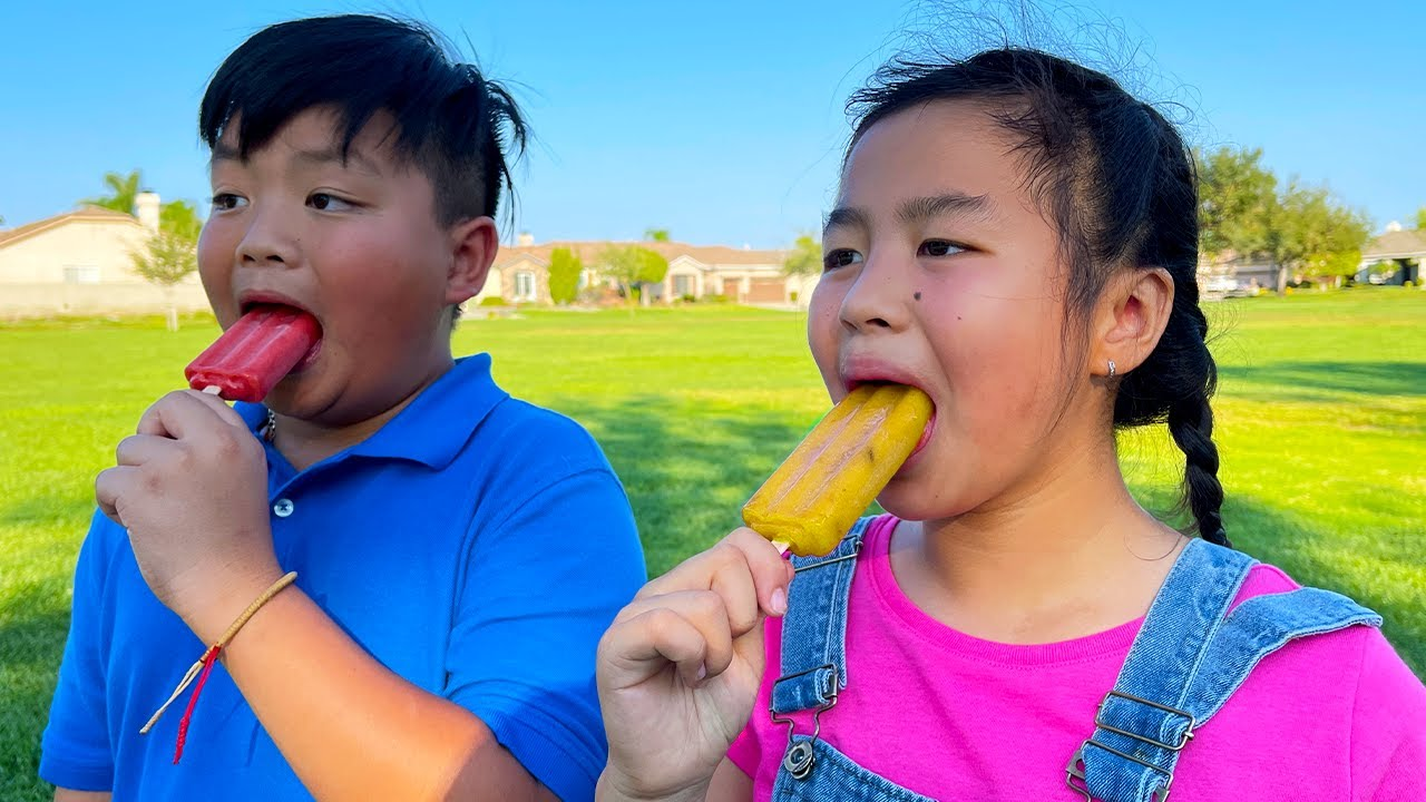 Download Alex and Jannie Play Day at the Park and Learning How to Make Fruit Popsicles