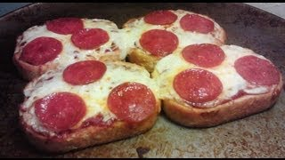 Garlic Bread Pizza Recipe - Cheese and Pepperoni - PoorMansGourmet