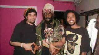 """""""Jah Thunder pour le Kabar Dready"""""""