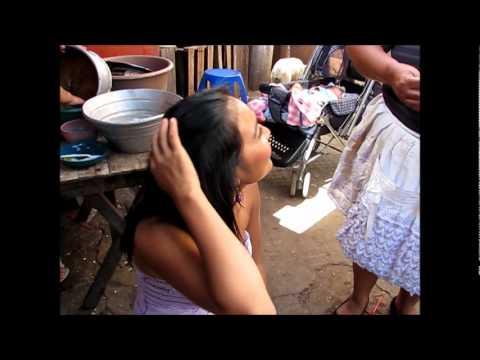 2011-12-17 Chalchuapa, A Trip to the Market.wmv