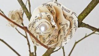 Repeat youtube video DIY: Deko mit hübschen Blüten aus Buchseiten einfach selber machen | Deko-Kitchen