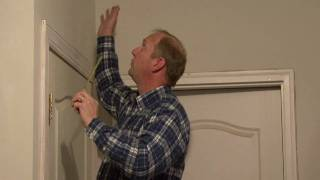 Home Improvements : How To Measure & Cut Crown Molding