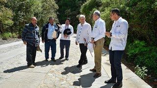 Supervisión de caminos pavimentados en San Juan Atepec, Oaxaca