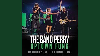 Uptown Funk (From The 2015 iHeartRadio Country Festival) YouTube Videos