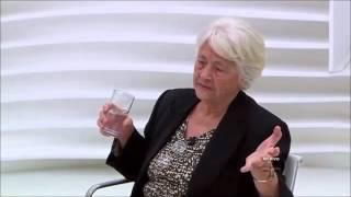 Adélia Prado sobre Política, Artistas, Copa, Teologia e Liturgia