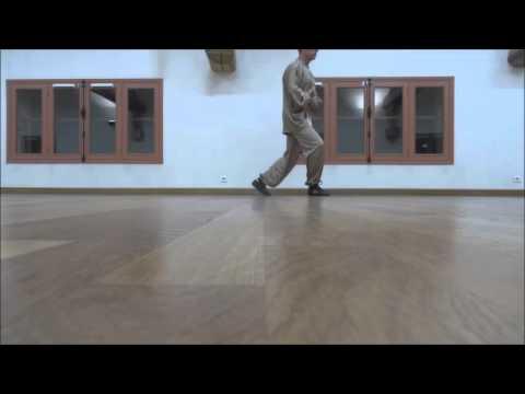 Tai Chi Yang exercice de marche simple aller retour de ...