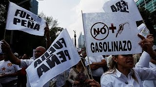 بالفيديو.. المكسيك تستقبل عامها الجديد بتظاهرات ضد الحكومة